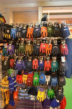 NFL NBA  Team Sport Utility Garden  Gloves Most teams Availi